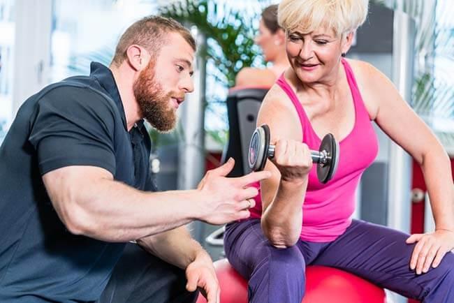 bài tập thể dục cho phụ nữ trung niên
